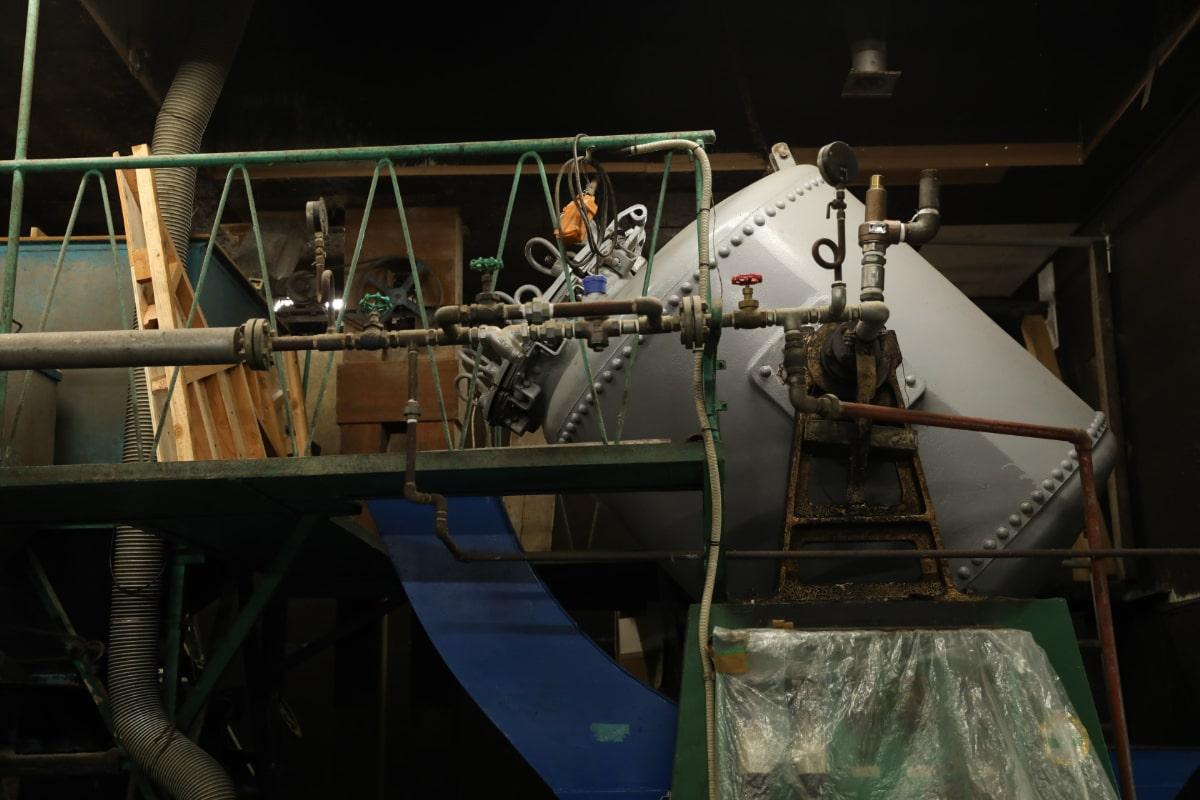 醤油づくりに使用している機械。
