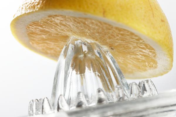 国産果汁(はっさく・ゆず・すだち・レモン)